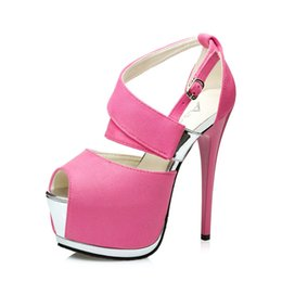 Sexy super tacón alto stiletto suede tacones altos discoteca plataforma  impermeable hueco pescado boca sandalias 2018 zapatos de mujer simple 1f642ad796fe