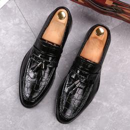 $enCountryForm.capitalKeyWord NZ - Amazing2019 Carving Locke Leisure Time Correct Dress Leather Shoes England Foot Crocodile Grain Male One Pedal Dawdler Shoe
