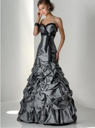 Silver grey wedding gownS online shopping - Vintage Taffeta Black and Silver Grey Wedding Dresses Sweetheart Corset Back Floor Length Women Non White Bridal Gowns For Second Wedding