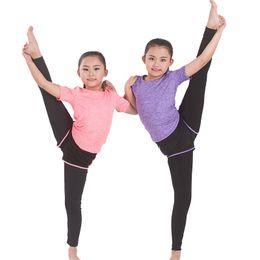$enCountryForm.capitalKeyWord NZ - Cute Women Yoga Gym Suit Set Woman Girls T-shirt + Pants(Shorts) Tight Leggings Costume Sports Fitness Sports Jogging Sets #340030