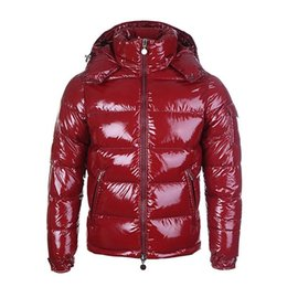 Wholesale red winter jackets for men for sale – warmest winter French designer red down coat Winter down jacket for men with thick warm jacket for men short goose down for high end men s