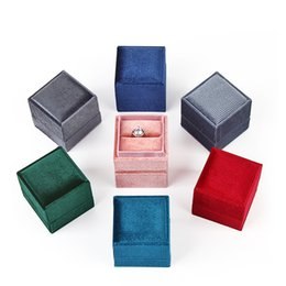 coating jewelry NZ - Luxury corduroy top and base creative ring box proposal ring box jewelry packaging box