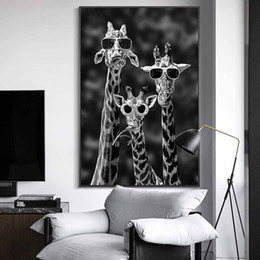 sports art paintings UK - Giraffe Black Sunglasses Funny Kids Home Prints Oil And White Room And Pictures Personalized Wall Art Posters Painting Animal With Deco Abfs