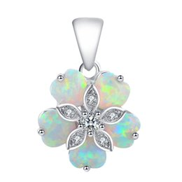 $enCountryForm.capitalKeyWord Australia - jewelry minerals Cost price jewellery Beautiful Flower Shaped White Fire Opal Silver Stamped Retail Necklaces Pendants Fashion jewelry OP462