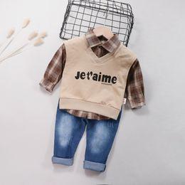 $enCountryForm.capitalKeyWord Australia - Fashion Baby Boy Clothes for Girl 3pcs Autumn Long Sleeve Plaid Shirt+Letters Print Vest+Denim Pants Trousers Casual Outfits