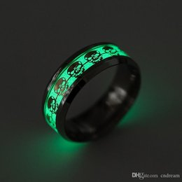 ring light fluorescent wholesale UK - Stainless steel Ring The Punisher Skull Fluorescent Glowing Light Finger Rings Glow In The Dark Gold Silver Pattern Rings Drop Shipping