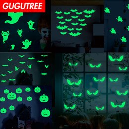 $enCountryForm.capitalKeyWord Australia - Decorate Home Diy bat ghost wings cartoon art glow wall sticker decoration Decals mural painting Removable Decor Wallpaper G-479