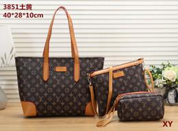 Bulk Plain Bags Canada - Women's handbag classic small series of fashion hot mom Lady chain bag elegant bulk corrugated woman Leather Shoulder purse handbags bag C72