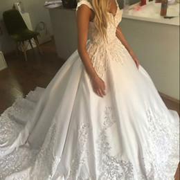 $enCountryForm.capitalKeyWord Australia - V Neck Bridal Gown Full New Arrival Custom made wedding Dress 2019 abiti da sposa Soft Satin Lace Button Wedding Dresses