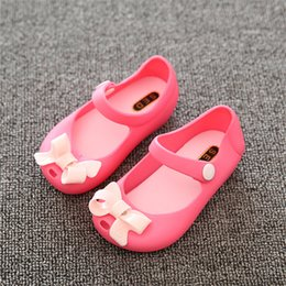 pink plastic bows Australia - Cute Newborn Shoes Pink Red Blue Bow Tie Baby Girls Sandals High Quality Plastic Anti-Slip Soft Shoes Girls Sandals Dropshipping