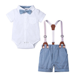 $enCountryForm.capitalKeyWord Australia - INS Baby Kids Boys Gentleman Suits Polo Collar Bow Tie Rompers Tatting Cotton Tees with Overalls Pants 2 pieces Casual Children Clothing Set