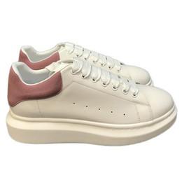 $enCountryForm.capitalKeyWord UK - High Quality Mens Women Fashions Luxury White Leather Black Platform Shoes Flat Casual Shoes Lady Black Pink Gold Women White Sneakers