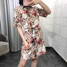 Vente en gros Milan Runway Dress 2019 Été Cou Cou Manches Courtes Lettre Imprimer Designer Designer Robe Même Style Dress 030309WL