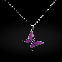 Wholesale new arrival fashion butterfly mood necklace change color necklace