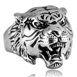 stainless steel tiger ring Canada - Personality domineering titanium steel ring 3D stereo effect tiger ring Korean version of the tide male jewelry luxury designer jewelry