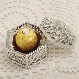 gold candy boxes UK - 12pcs lot Vintage gold and silver hexagonal candy box plastic openwork pattern wedding gift candy box