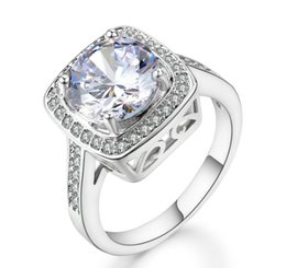 aa694e9be4e1 Dama de moda simple anillo extravagante