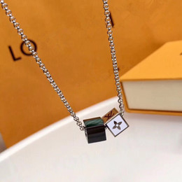 Wholesale Designer Branded New Arrival woman Enamel Stainless Steel Double Lucky Dice Pendant Shell Necklace Drift Bottles Men Jewelry Wholesale Gift