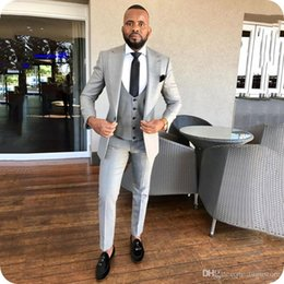 men three pieces suit design NZ - Grey Suits For Wedding Groom Tuxedo Wide Peak Design Slim Man Outfit Tialored Bridegroom Attire Best Man Blazer Terno Masculino Three Pieces