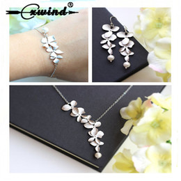 Orchid Pendant Necklace Australia - Cute Orchid Lotus Earrings DNA Kiwi Choker Necklaces For Women Style Necklace&Pendants High Quanlity Bridal Jewelry Set Jewelry