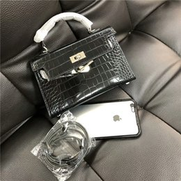 Cell Phone Covers Free Shipping Australia - Classic Fashion MINI Patent Leather Alligator handbag shoulder bag women messenger bags Cell Phone Pocket free shipping