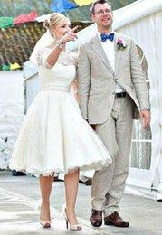 $enCountryForm.capitalKeyWord Australia - 2019 Vintage Short Wedding Dresses Lace Scoop Neckline Bow Sash A-Line 3 4 Long Sleeve Tea Length Bridal Gowns Custom Made W020