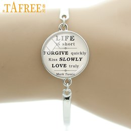 quote bracelets NZ - TAFREE Mark Twain Quote On Life Love Forgiveness Bangle Inspirational Quote Romance Kiss Glass Cabochons Bracelet Jewelry D67