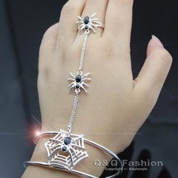 Chinese  Rare Black Spider & Web Cobweb Chain Hand Harness Bracelet Bangle Cuff Ring Goth Fancy Dress Halloween manufacturers