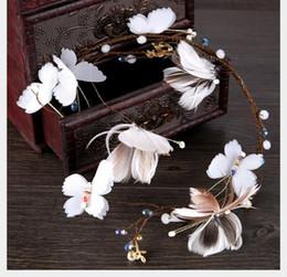 $enCountryForm.capitalKeyWord Australia - Bride's Hair Belt Smart Feather Butterfly Soft Hair Hoop Headdress Korean Bride's Marriage Accessories