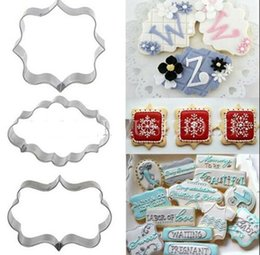$enCountryForm.capitalKeyWord NZ - 3pcs set Cookie Cutter Set Wedding Favor Stainless Steel Mini Biscuit Pastry Fruit Cutters Molds for Baking Cookie Decoration Tools
