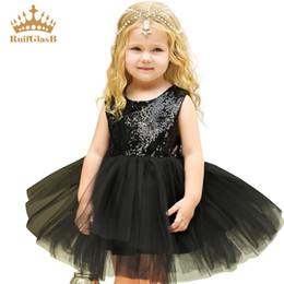 $enCountryForm.capitalKeyWord Australia - RuifGlasb Heart Sequins Party Princess Tutu Tulle Dress Baby kids summer Fluffy costume Photography fantasia infantil
