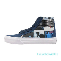 hand painted shoes canvas white UK - Designer Sneakers Hand Painted Blue for Street Wearing Skateboarding Sport Shoes Black White for Men Women Casual Canvas Shoes C01 02