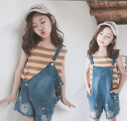 $enCountryForm.capitalKeyWord Australia - Big Kids denim suspender jumpsuits fashion girls hole jean shorts jumpsuits children double pocket out wear cowboy overall F7395