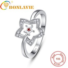 $enCountryForm.capitalKeyWord Australia - wholesale Fahsion 925 Sterling Silver Rings Concise Hollow Out Star Clear Red CZ Finger Ring For Women Jewelry Christmas Gift