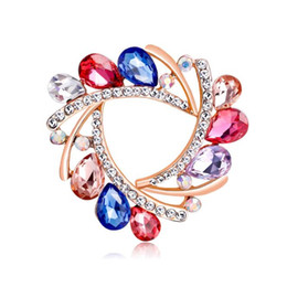 Chinese  Rhinestone Flower Brooches For Women Simple Design Fashion Jewelry ilk Scarf Brooches Jewelry Accessories Broches Gift manufacturers