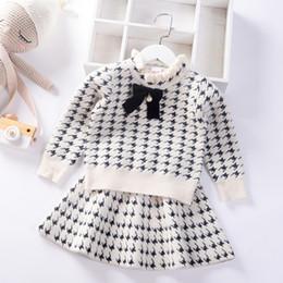 2020 de style automne hiver robe de filles Preppy Jumper Vêtements pour enfants de velours de vison bébé enfants Pull Tricoté Ensemble jupe en Solde