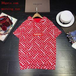 Venta al por mayor de 2019 moda mujer marca camisetas estampado de flores de longitud media T-shirt con capucha abrigo casual Tee shirts mujer ropa de mujer de alta calidad BC-4