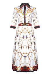 2019 Primavera y verano de las mujeres vestidos plisados Cadena de la cuerda de impresión de la solapa Applique bordado Bee Shirt Dress Robe Femme