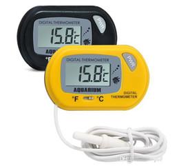 Venta al por mayor de Mini Digital Fish termómetro del acuario del tanque con la batería del sensor con cable incluido en el bolso del opp el color Negro Amarillo para la opción Envío gratuito