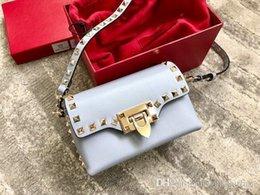 $enCountryForm.capitalKeyWord Australia - Designer Purse New Designer Bags Women Handbags Tote Clutch Classic Leather Shoulder Bag Famous Fashion Rivet Bags Global Free Shipping