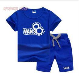 $enCountryForm.capitalKeyWord Australia - VS Little Kids Sets 1-7T Childrens O-neck T-shirt Short Pants 2Pcs sets Boys Girls Pure Cotton Small Logo Children Summer Sets LW06