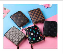 $enCountryForm.capitalKeyWord Australia - 2019 Mens Women Leather Luxury Wallet Casual Short Designer Card Holder Pocket Bag Fashion Zipper Purse Wallets Ladies Clutch Notecase B7302