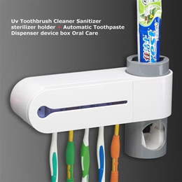 Wholesale 220V Antibacteria 2 in 1 UV Light Ultraviolet Toothbrush Automatic Toothpaste Dispenser Sterilizer Toothbrush Holder Cleaner Oral Cavity