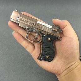 Echte 67m9 Metallpistole-Feuerzeuge aufblasbare winddichte leichtere Simulation Modell Fackel für Zigarrenmann-Geschenkstütze sieht genau wie eine echte Waffe aus im Angebot