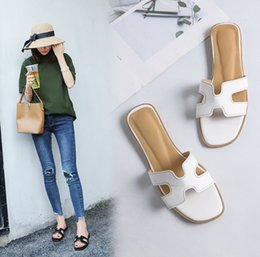 $enCountryForm.capitalKeyWord Canada - 2018 summer new style cool slippers wear flat beach word lady sandals and slippers female summer outdoor sandals