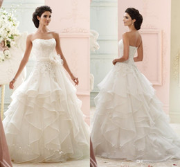 Images Brooch Flowers Australia - 2019 NEW HOT Cheap Dress Strapless Applique Flower Lace Cascading Organza Bridal Wedding Dresses Free Shipping Sexy Fashion Dress