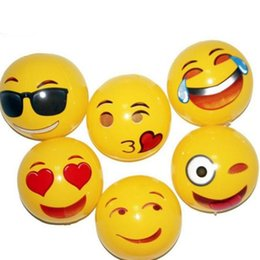 $enCountryForm.capitalKeyWord UK - 30cm Emoji Face Beach Ball Inflatable toys Round for Water Play Pool PVC Toys Party supply Kids Gift Bath toy T2G5039