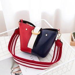 Blue Color Ladies Shoulder Handbag Australia - Women's Bag 2018 New Fashion Handbag Korean Ladies Shoulder Messenger Bag Blue and Red Patchwork Color Bucket #34221