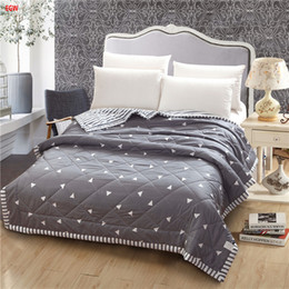 $enCountryForm.capitalKeyWord Australia - Home textile gray geometric Summer comforter black and white quilts patchwork throw bed 150*200cm 200*230cm full queen bedspread