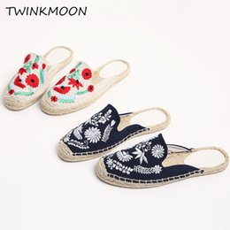 $enCountryForm.capitalKeyWord Australia - Handmade Women Mules Shoes Sandals Flat Embroidered Vintage Canvas Casual Loafers Straw Sole Size 41 Slip On Slippers 2019